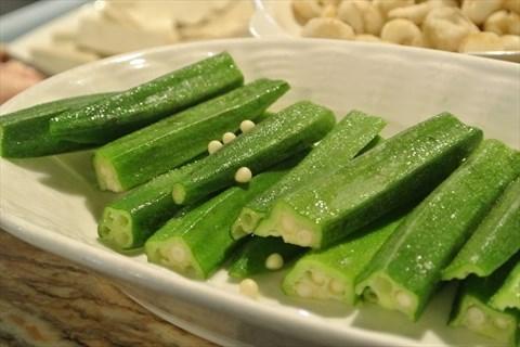 黄秋葵 28 0 【鹿舌菜】23元 是海南的一种野菜,有点像番薯叶,吃起来