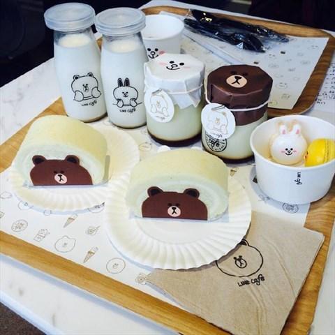 布朗熊布丁 - 老西门的line friends cafe & store)